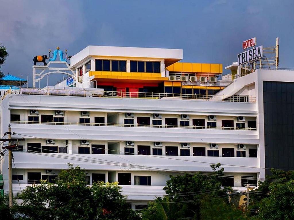 Hotel Tri Sea