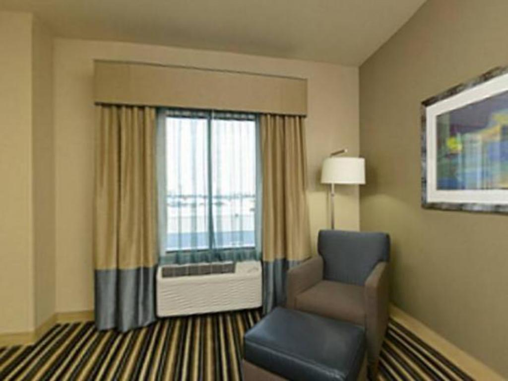 Interior view Holiday Inn Express Hotel and Suites Forrest City
