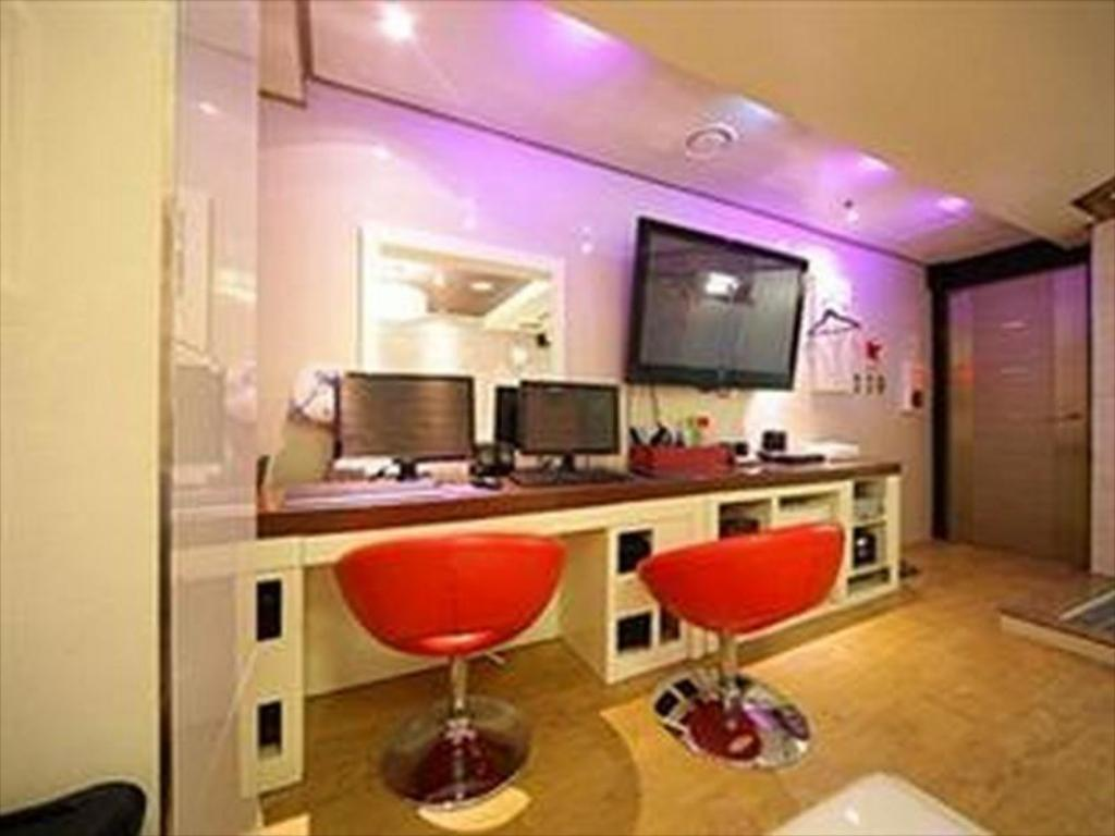 Kamar Business Hotel Louis