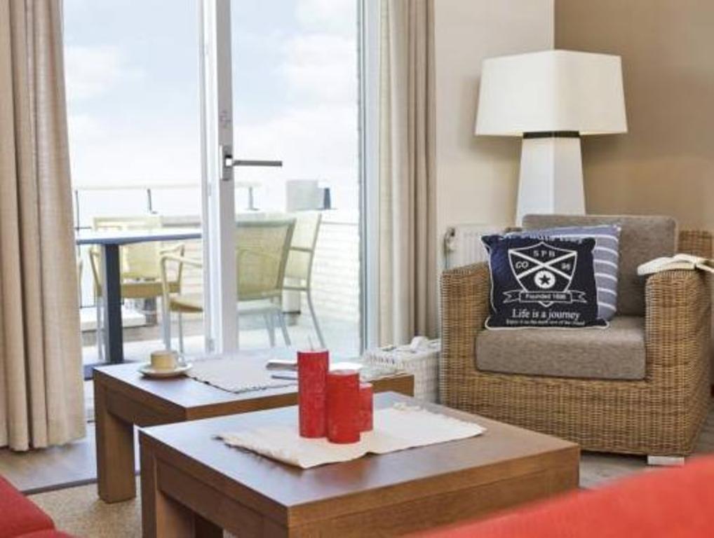 Center Parcs De Eemhof Waterfront Suite.Center Parcs De Eemhof Marina Resort Zeewolde Deals Photos