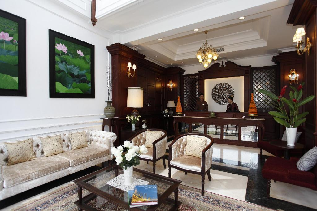 Lobby Dhavara Boutique Hotel
