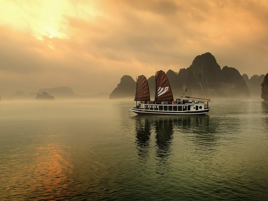Legend Halong Private Cruise - Managed by Bhaya Cruise