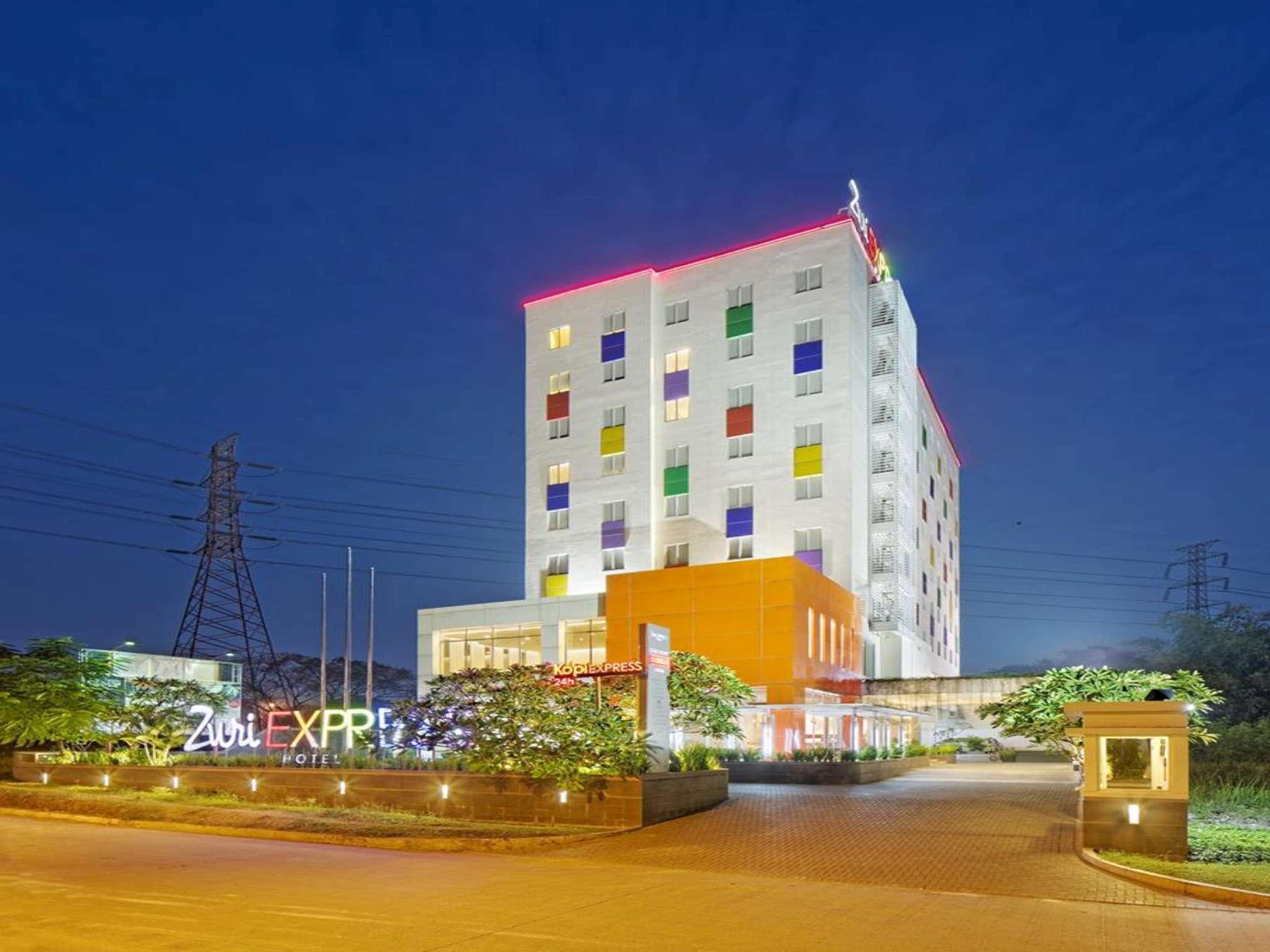zuri express lippo cikarang hotel room deals reviews photos rh agoda com