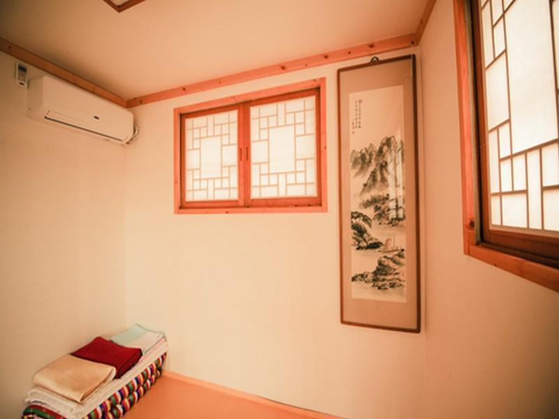 Korean Style Double Room with Shared Bathroom