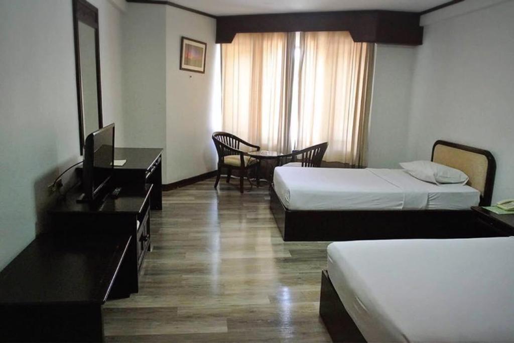Royal Diamond Hotel Phetchaburi Promo Terbaru 2020 Rp 303860 Foto Hd Ulasan