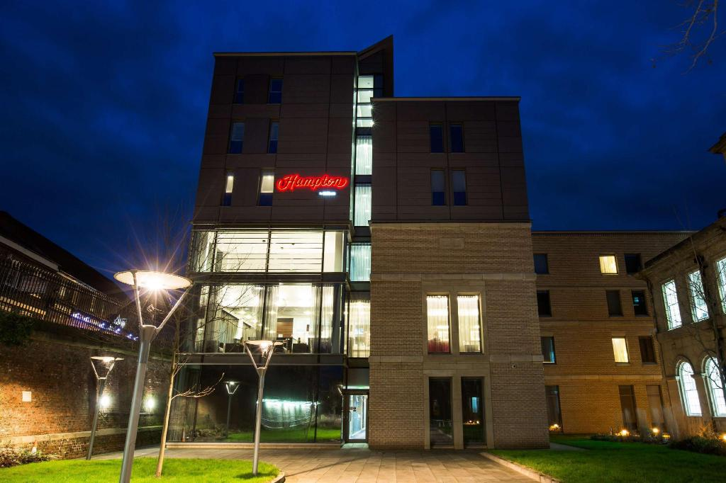Best Price on Hampton by Hilton York Hotel in York + Reviews!
