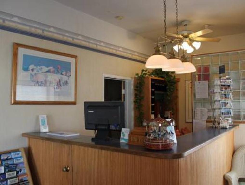Carousel Beach Inn Motel Santa Cruz