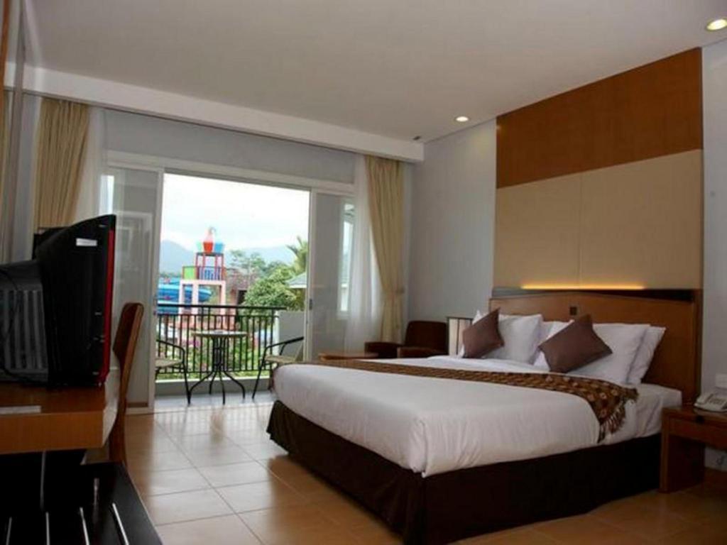 Green Valley Resort In Purwokerto Room Deals Photos Reviews