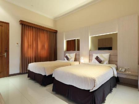 Junior Twin Kertanegara Premium Guest House