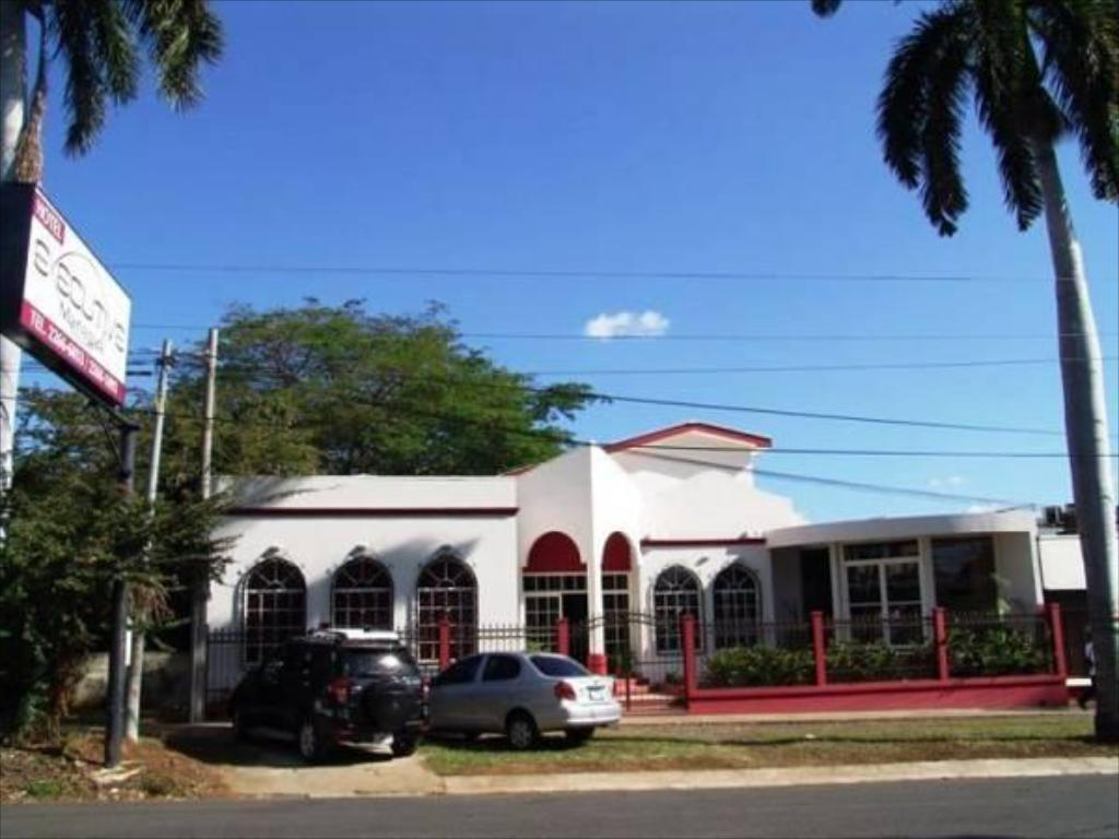 Exterior view Executive Managua