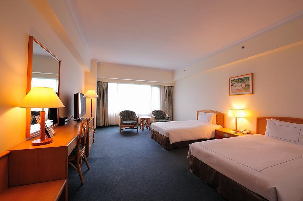 Superior twin Parkview Hotel Hualien
