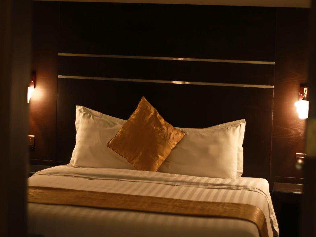 Double Room - Bed Rest Night Hotel Suites - AL Taawon-Hussain bin Ali