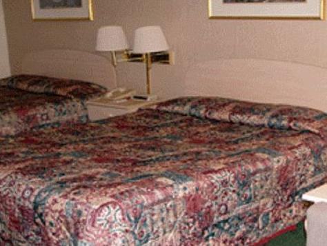 Queen Zimmer mit Zwei Queensize Betten - Raucher (Queen Room with Two Queen Beds - Smoking)
