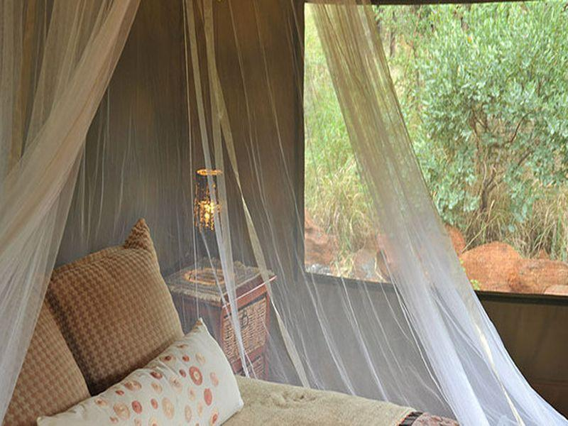 Luxusní stany Watoto (Watoto Luxury Tents)