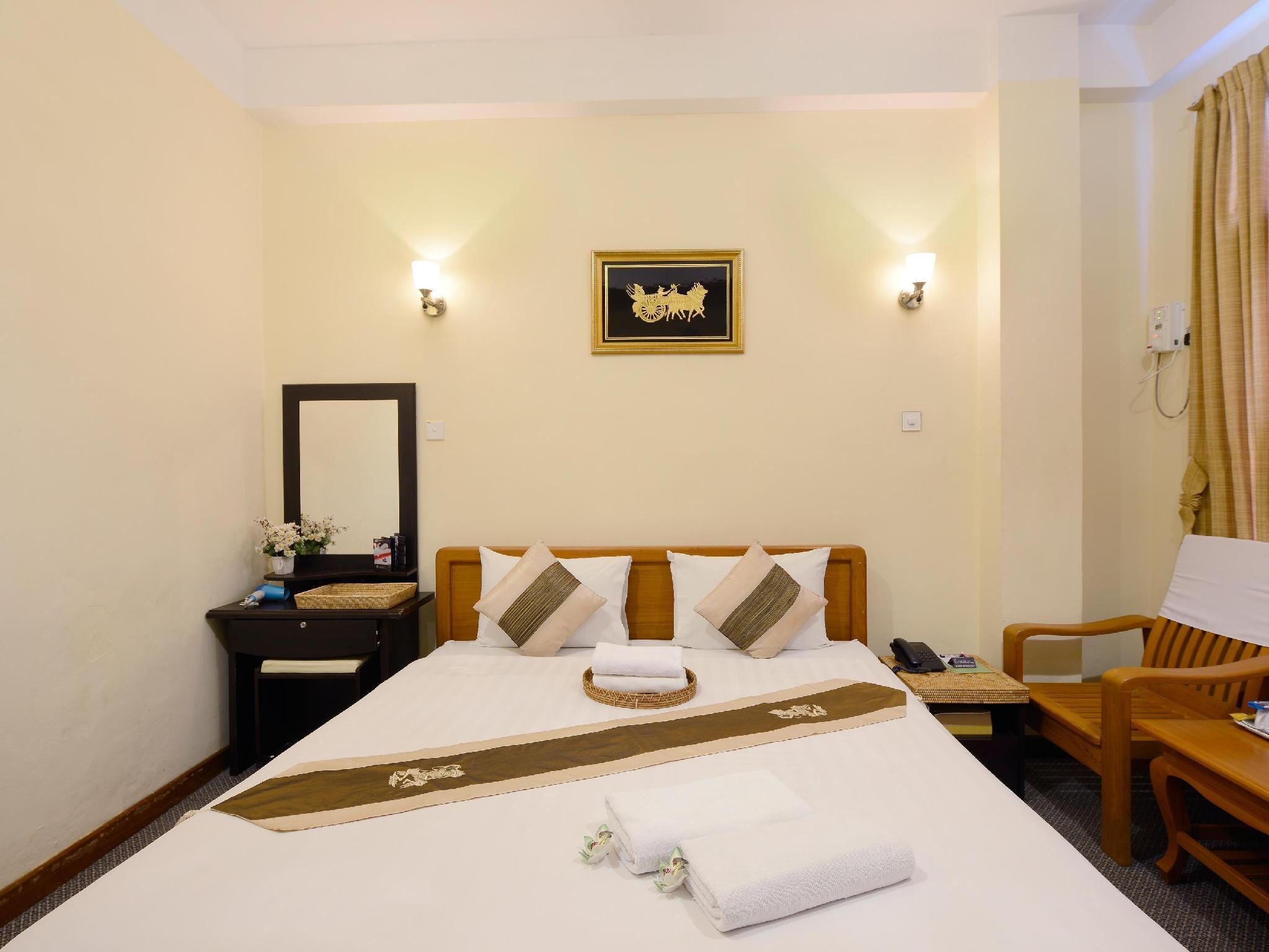 Hotel Queen Jamadevi Best Price On Cinderella Hotel In Mawlamyine Reviews