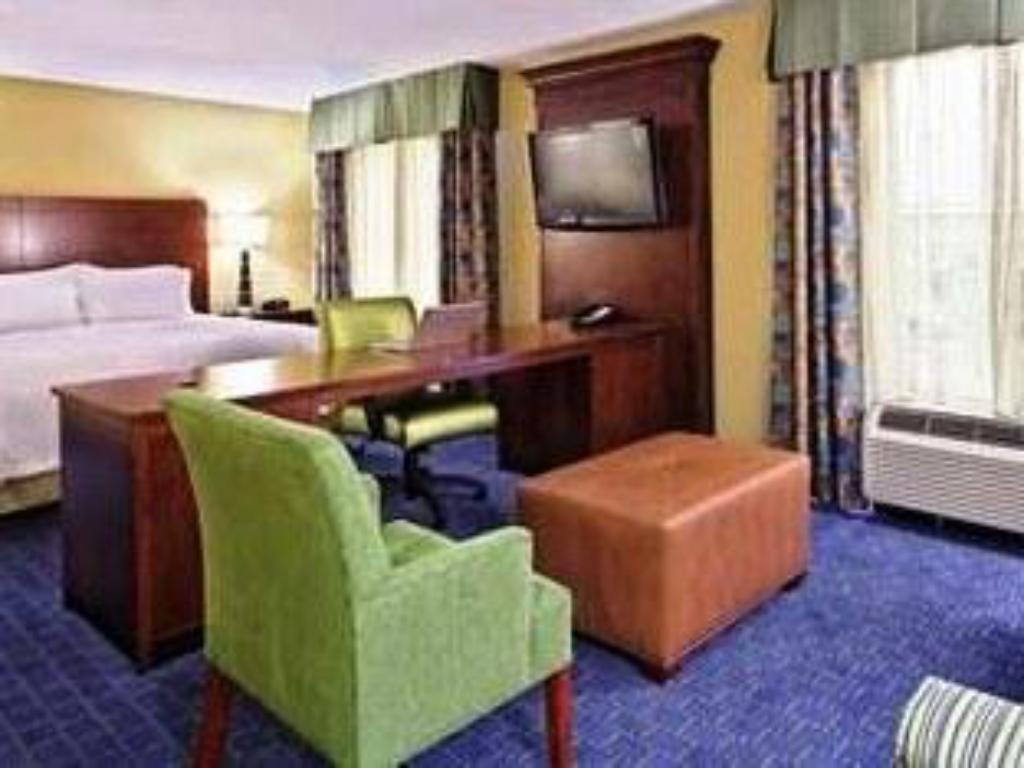 1 King Hearing Accessible Non-Smoking - Guestroom Hampton Inn And Suites Orlando Airport At Gateway Village
