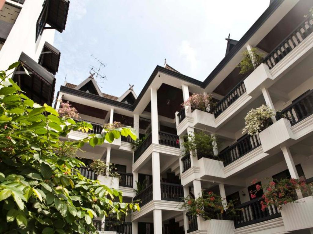 Borarn House in Bangkok - Room Deals, Photos & Reviews