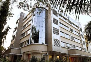 7 Apple Hotel Pune