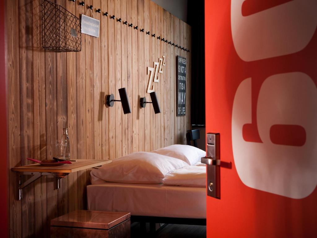 best price on generator hostel berlin mitte in berlin reviews. Black Bedroom Furniture Sets. Home Design Ideas
