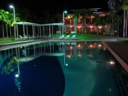 Swimming pool [outdoor] Myanmar Life Hotel