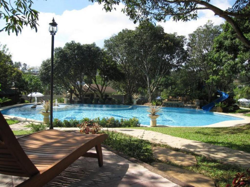 Best Price On Pacific Waves Resort In Bulacan Reviews