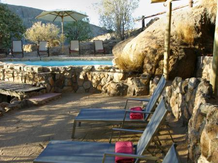 Piscina Erongo Wilderness Lodge