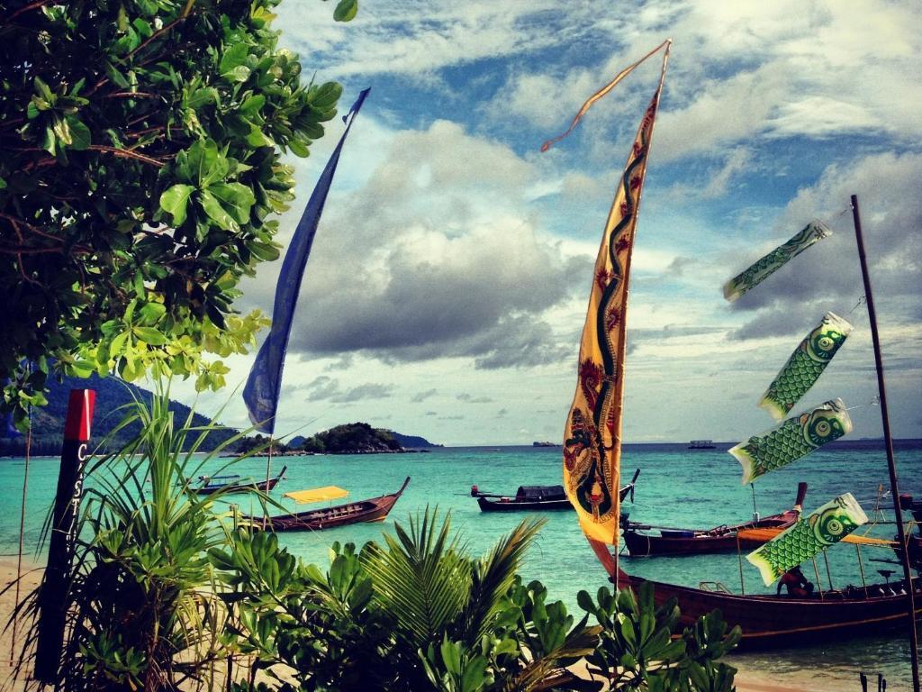 Bamboo garden rooms at lipe beach resort koh lipe - Castaway Resort Koh Lipe