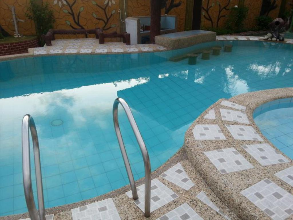 Swimmingpool Villa Tarcela