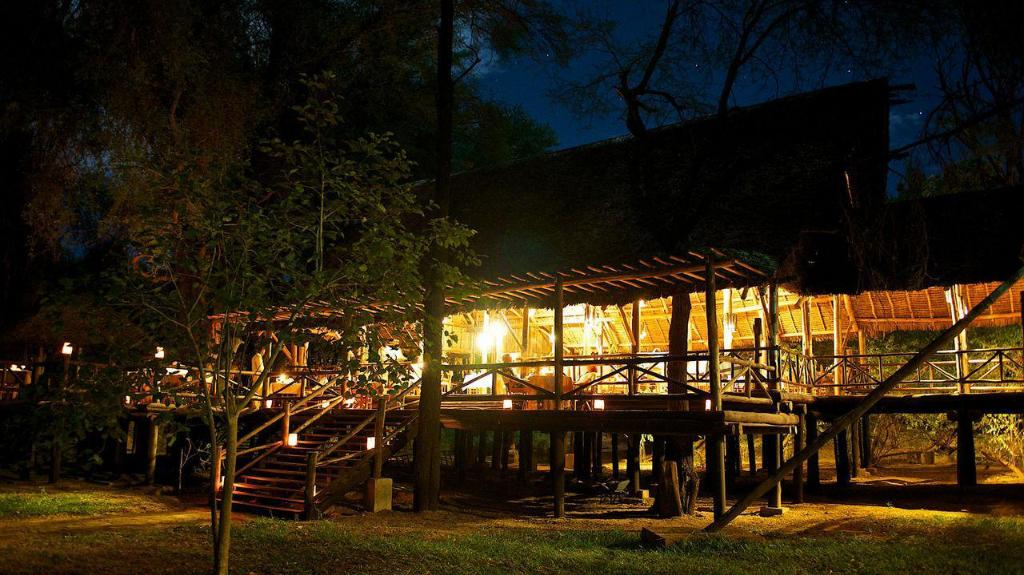 Samburu Intrepids Luxury Tented Camp Hotel