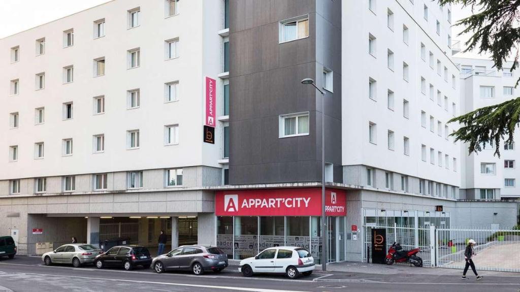 Appart City Confort Lyon Cite Internationale Caluire Et Cuire