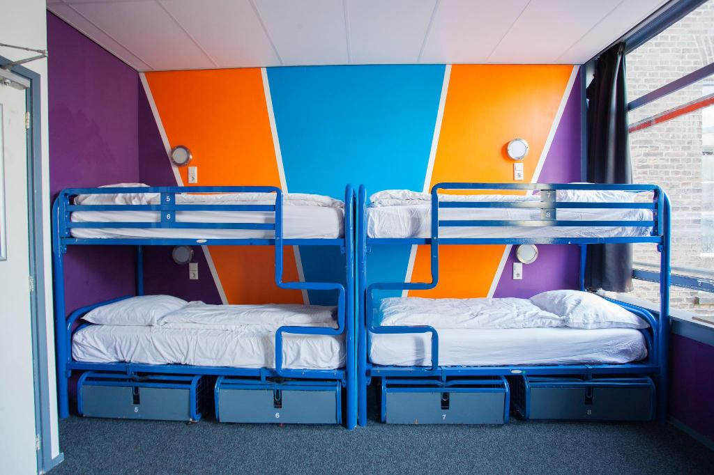 Flying Pigs Downtown Hostel Amsterdam In Netherlands Room Deals Photos Reviews
