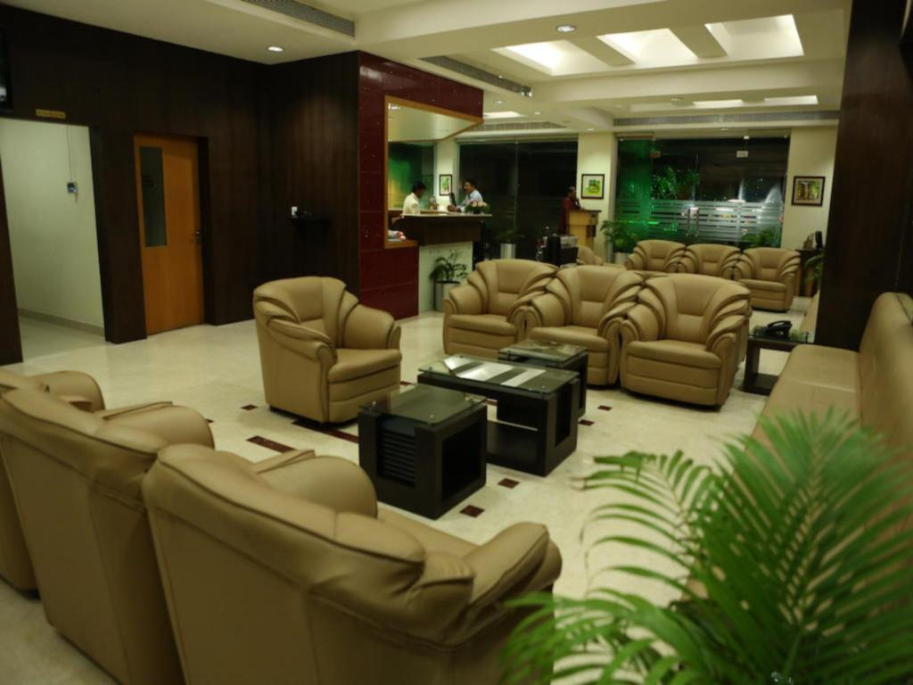 Lobby Hotel Airlink Castle