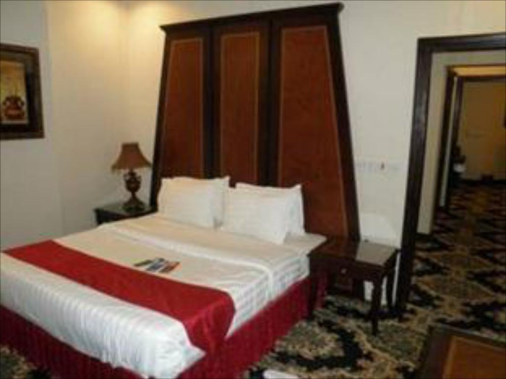 Al Hamra Palace Al Jawazat Branch, Al Batha, Riyadh - Room
