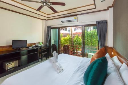 Superior Double or Twin - Bed Sunrise Resort Koh Phangan