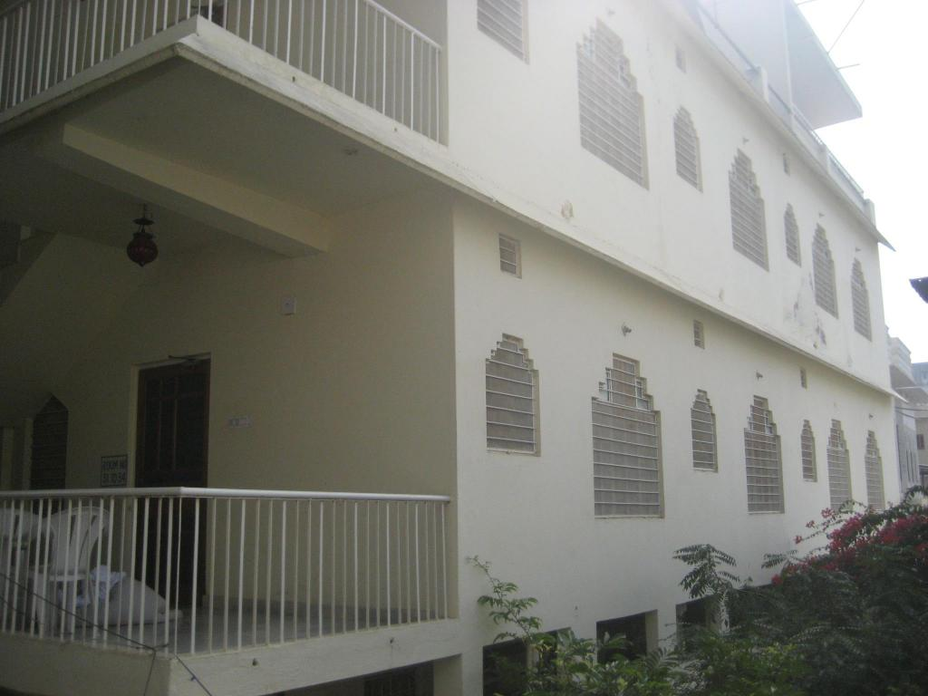 Standard Lal Ghat Guest House