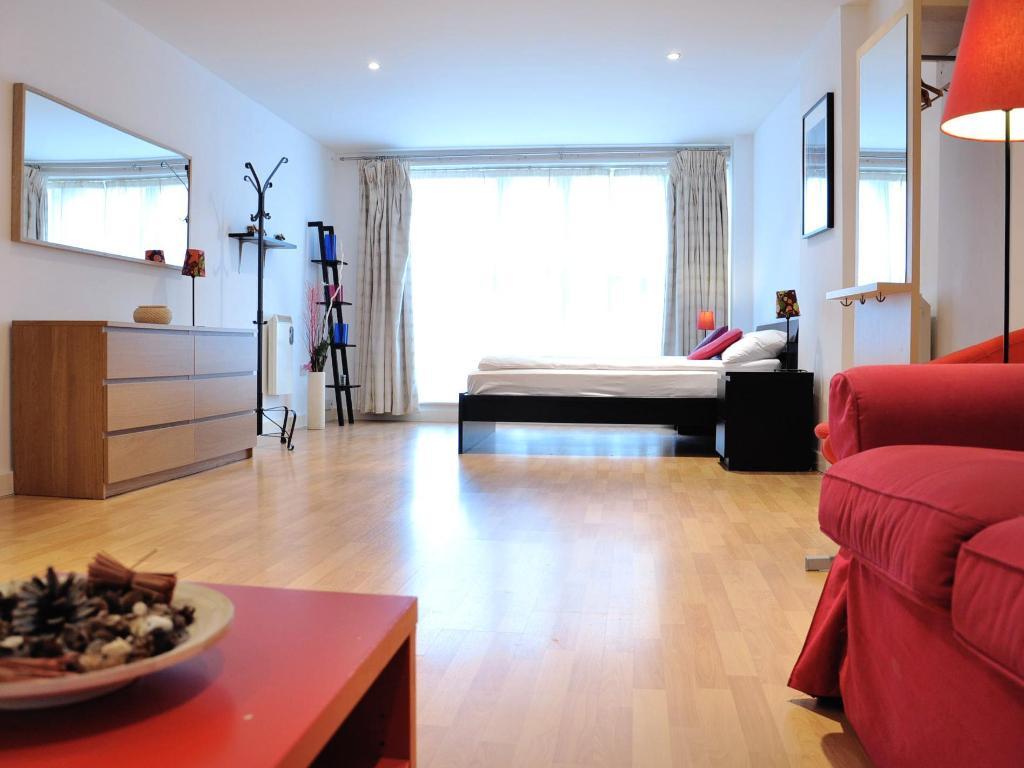 Tower Bridge Apartments in London - Room Deals, Photos & Reviews