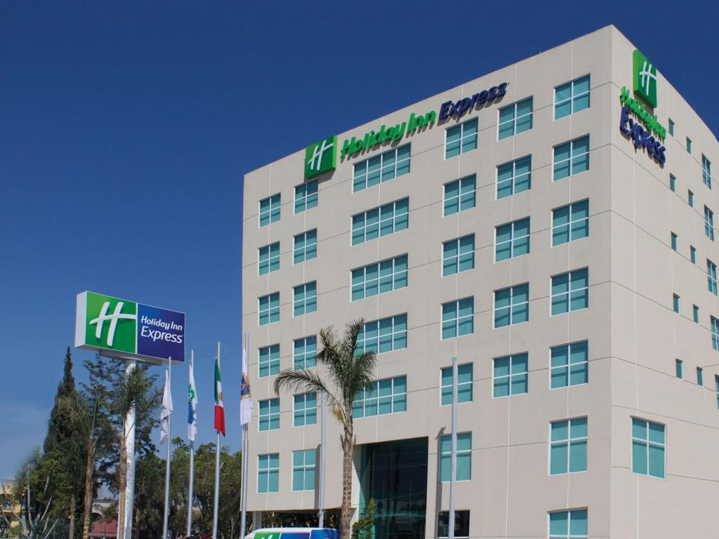 More about Holiday Inn Express & Suites Queretaro