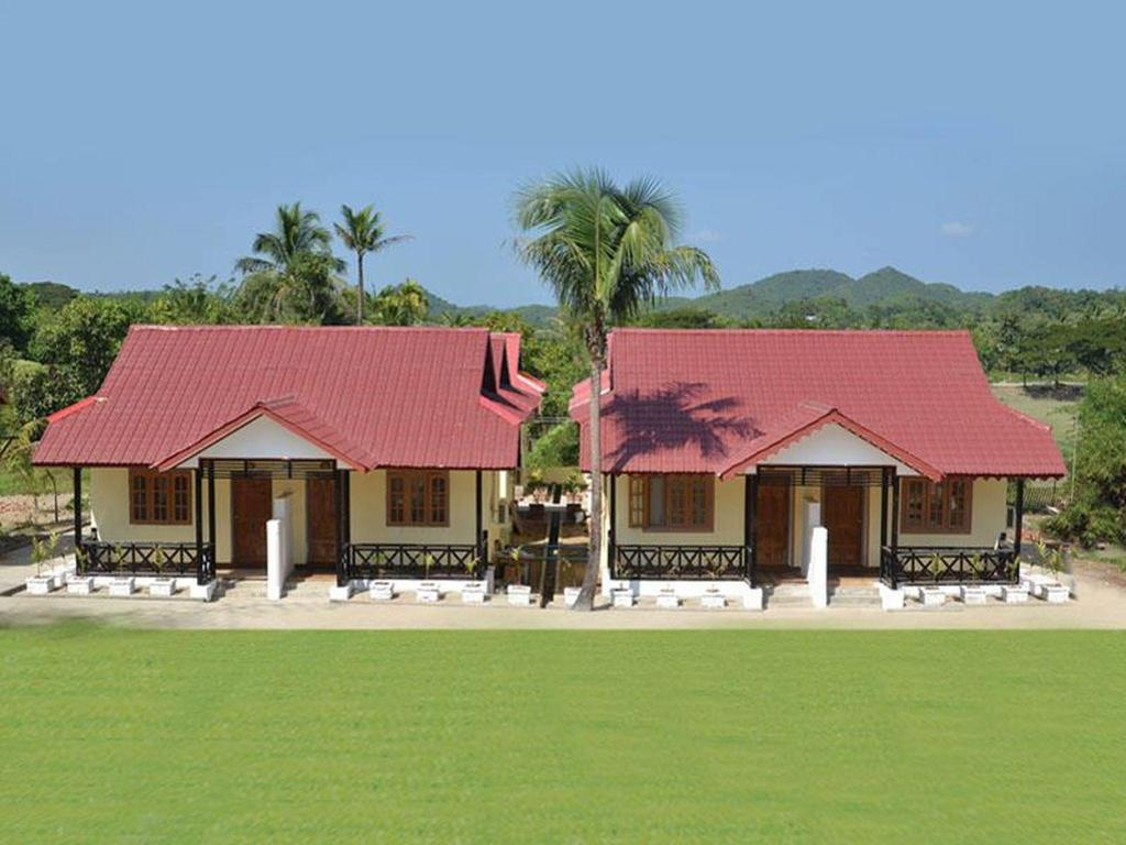 Exterior view Mrauk U Palace Resort