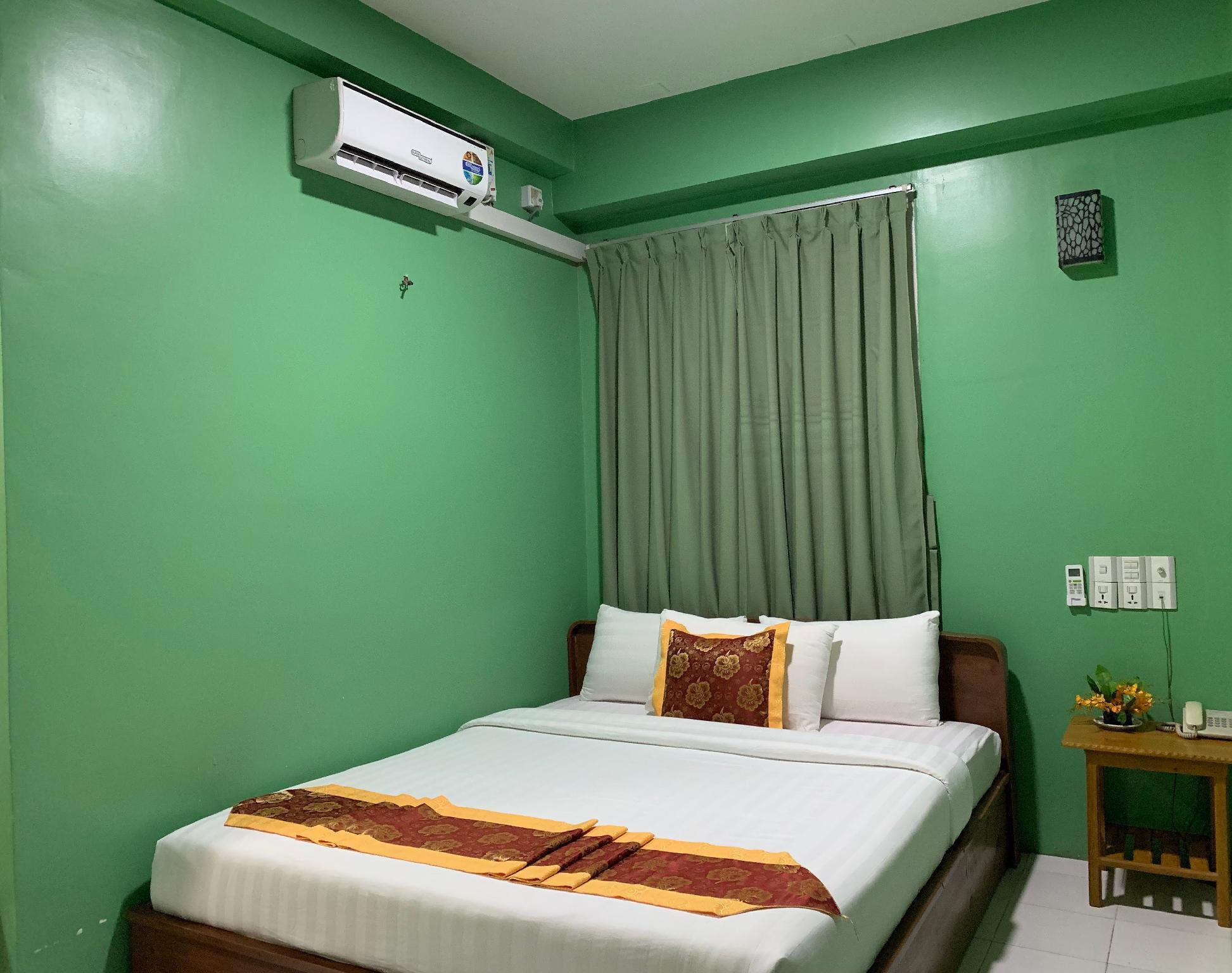 Best Price On View Point Hotel In Aungban Reviews