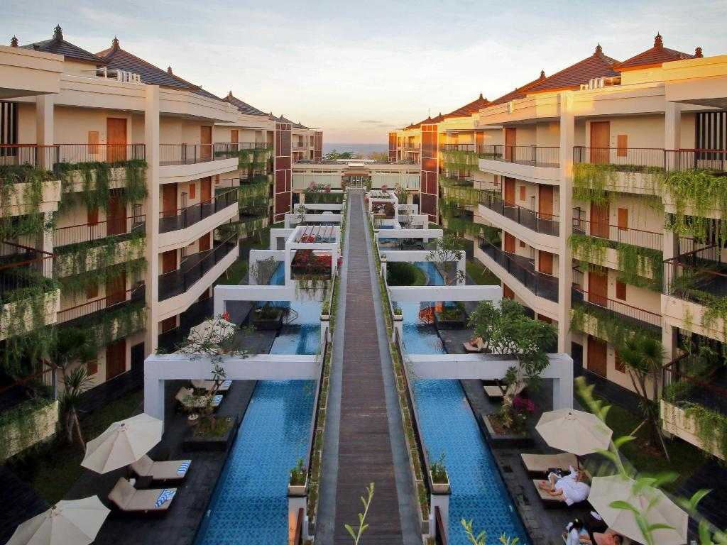 More about Vouk Hotel & Suites