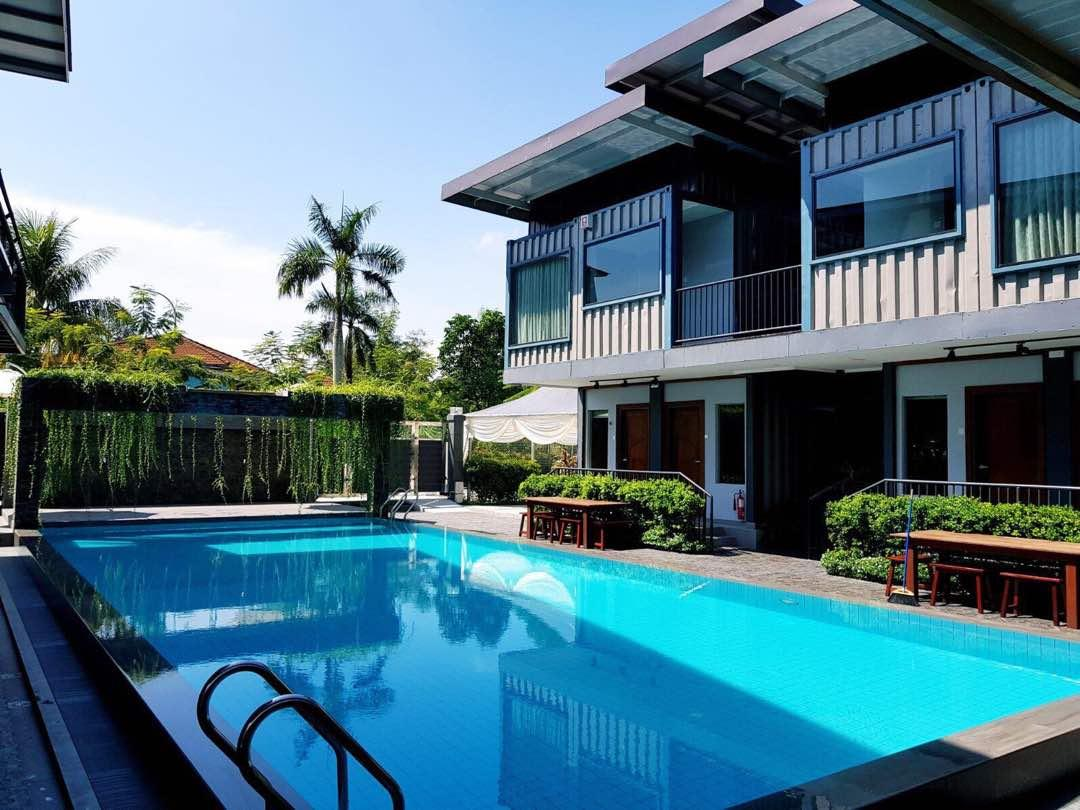 Kluang Container Swimming Pool Hotel in Malaysia - Room ...
