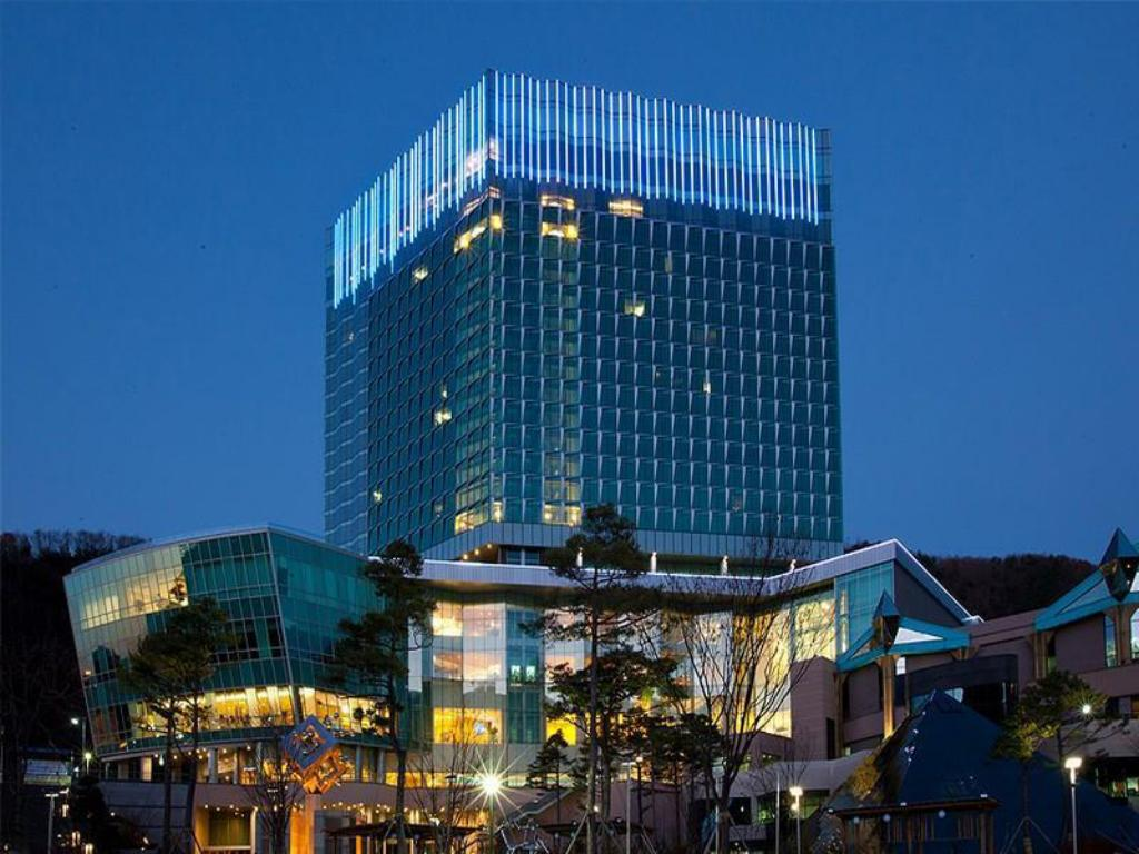High1 Grand Hotel Convention Tower (Convention Hotel)