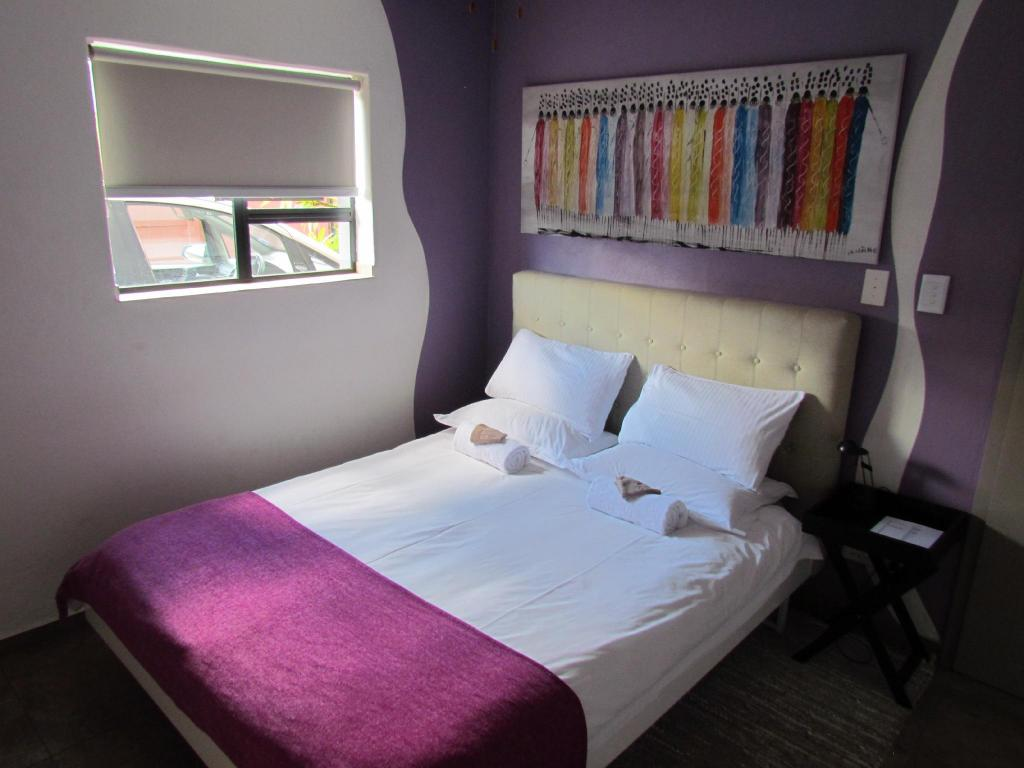 Double Room Ground Floor - Bed Capetown4u Guesthouse