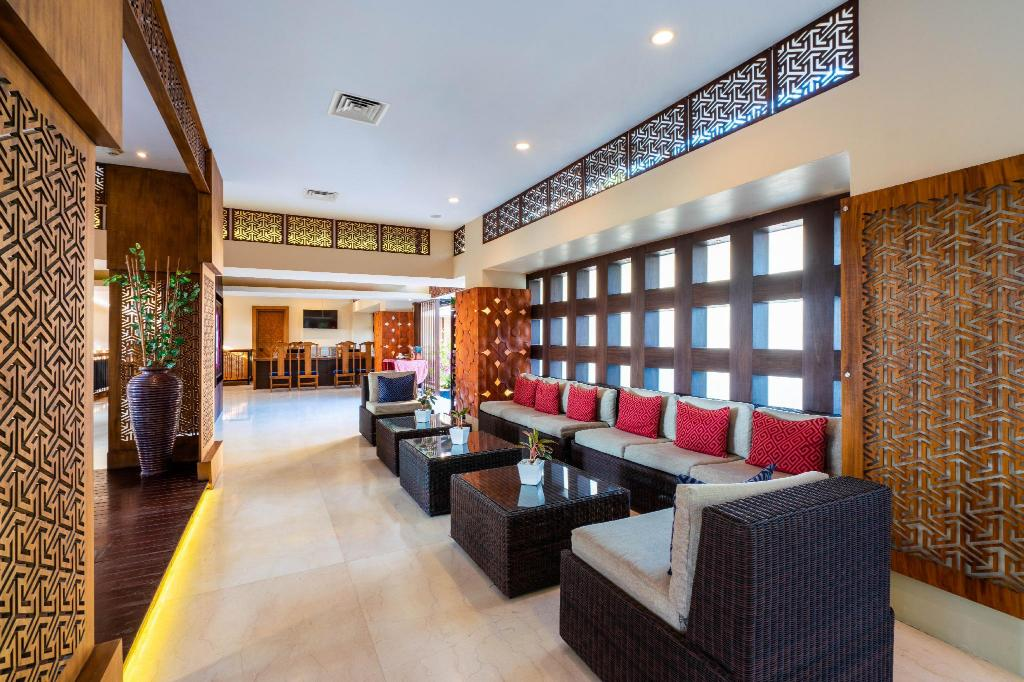 Lobby Vouk Hotel & Suites