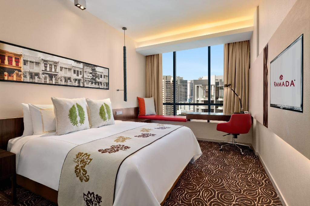 1 King Bed, City View, Non-Smoking - 客房 新加坡中山公園溫德姆華美達飯店 (Ramada by Wyndham Singapore at Zhongshan Park)