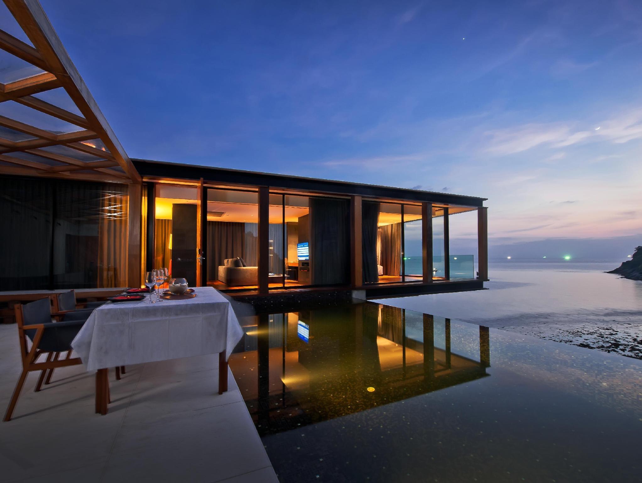 Naka villa phuket
