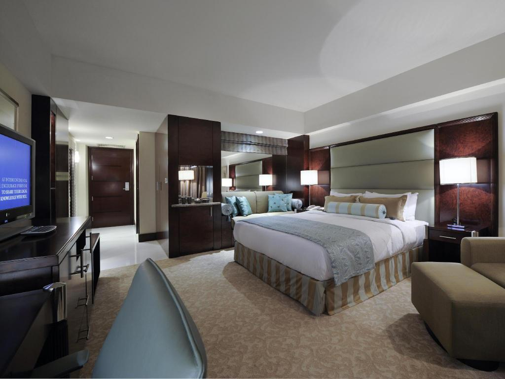 Standard Accessible King Bed InterContinental Abu Dhabi