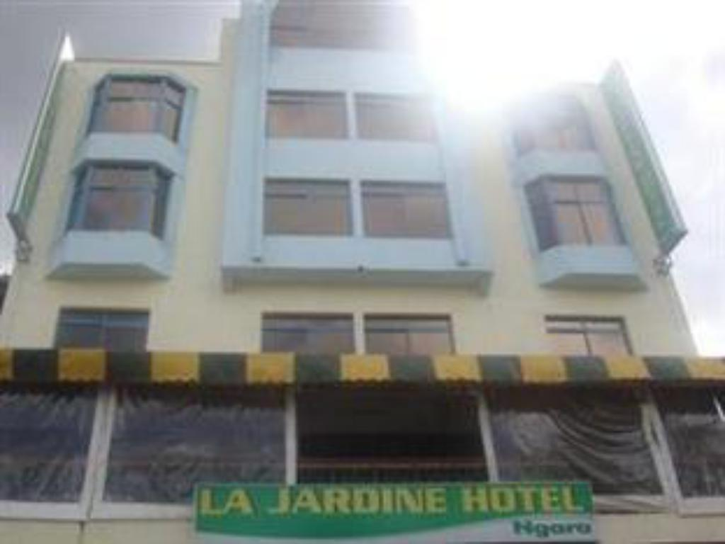 More about La Jardine Hotel