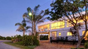 Sunshowers Plett Luxury Self Catering