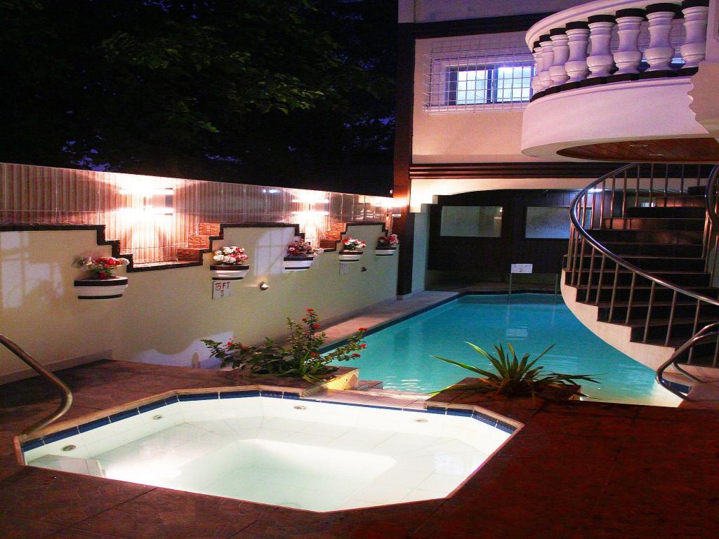 Best Price On Coolmartin Resort In Cavite Reviews